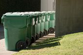 Green Garbage Cans In Beverly Hills