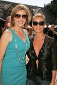 Brenda Strong and Nicolette Sheridan at 2006 Safari Brunch Fundraiser For The Wildlife Waystation. P