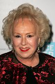 Doris Roberts at the Peace Over Violence 35th Annual Humanitarian Awards. Beverly Hills Hotel, Bever