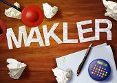 Makler Desktop Memo Calculator Office Think Organize