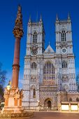 Постер, плакат: Westminster Abbey During Twilight