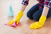 picture of detergent  - people - JPG