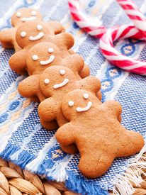 pic of gingerbread man  - Home made gingerbread men shot from above - JPG