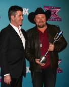 LOS ANGELES - DEC 20:  Simon Cowell, Tate Stevens - Winner of 2012 X Factor at the 'X Factor' Season