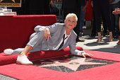 LOS ANGELES - AUG 03:  Ellen Degeneres arriving to Walk of Fame - ELLEN DEGENERES  on August 03, 201