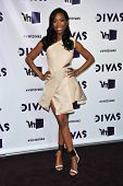 LOS ANGELES - DEC 16:  Brandy Norwood arrives to VH1 Diva's 2012  on December 16, 2012 in Los Angele