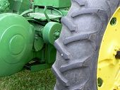 Tractor Gears And Wheel