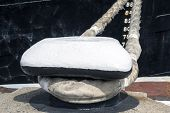 pic of bollard  - the very big Bollard on a moorage - JPG