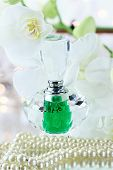Perfume y perlas