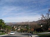 Blick auf die Stadt mit Golfplatz