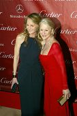 PALM SPRINGS, CA - JAN 5:Helen Hunt & Helen Mirren arrive at the 2013 Palm Springs International Fil