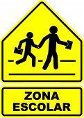 zona escolar (school zone) sign