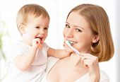 pic of toothpaste  - happy family and health - JPG