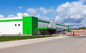Samara, Russia - August 30, 2014: construction Of A New Leroy Merlin Samara Store. Leroy Merlin Is A