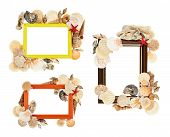 Empty frame decorated with seashells