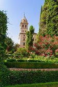 Torre da Igreja de St. Mary, Alhambra de Granada / Espanha. Do século XVII