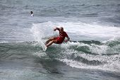 Profi-Surfer jack Dugan Merewether Australien