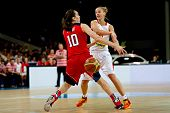 Katerina Elhotova and Breanna Stewart.