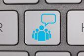 Plural Communication Concept