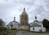 Church of a Sign (Znamenskaya) and Church of the Deposition of the Robe (Rizopolozhenskaya) on a Mzh