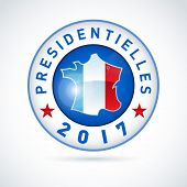 2017 French presidential election button - In french. EPS 10