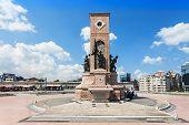 Monument, Taksim Square