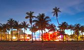 Miami Beach Florida hotels en restaurants bij zonsondergang