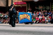 Crowd Lining Atlanta Street Watches Start Of Dragon Con Parade
