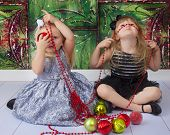 Silly Sisters Chirstmas Pictures