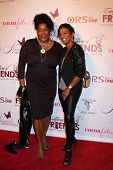 LOS ANGELES - NOV 21:  Loretta Devine, Vanessa Bell Calloway at the