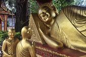 image of recliner  - Reclining Buddha in temple Wat Krom - JPG