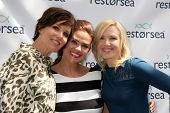 LOS ANGELES - MAY 3:  Sarah Buxton, Susan Ward, Adrienne Frantz at the RESTORSEA Gifting of Skin Car