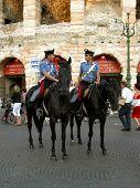 Carabinieri zu Pferde.