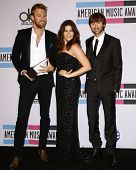 LOS ANGELES - NOV 20:  Lady Antebellum - Dave Haywood, Hillary Scott and Charles Kelley. in the Pres
