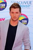 LOS ANGELES - JUL 22:  Travis Wall arriving at the 2012 Teen Choice Awards at Gibson Ampitheatre on
