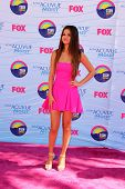 LOS ANGELES - JUL 22:  Selena Gomez arriving at the 2012 Teen Choice Awards at Gibson Ampitheatre on July 22, 2012 in Los Angeles, CA