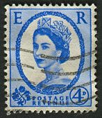 UK-CIRCA 1952:A stamp printed in UK shows image of Elizabeth II is the constitutional monarch of 16