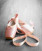 New Pink Ballet Pointe Shoes