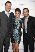 LOS ANGELES - NOV 4:  Brady Smith, Tiffani Thiessen, Luke Perry at the