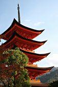 Pagoda de cinco pisos en Miyajima, Japón