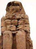 escultura antigua en un Egipto