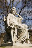 Sarah Siddons statue