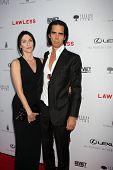 LOS ANGELES - 22 de AUG: Nick Cave llega en LA Premiere de