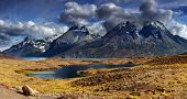 Montaña panorama, Parque Nacional Torres del Paine, Patagonia, Chile