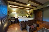 Interior design: Big rustic bedroom