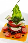 Постер, плакат: INSALATA Капрезе Итальянский салат помидоры цуккини и Буффало моцарелла