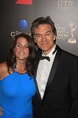 BEVERLY HILLS - JUN 16: Lisa Oz, Dr. Mehmet Oz at the 40th Annual Daytime Emmy Awards at The Beverly