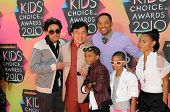 Trey Smith, Jackie Chan, Jaden Smith, Will Smith, Willow Smith, Jada Pinkett Smith at the Nickelodeo