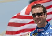 Nascar:  May 16 Autism Speaks 400