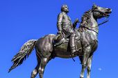 Постер, плакат: Major General George Henry Thomas Civil War Statue Moon Thomas Circle Washington Dc